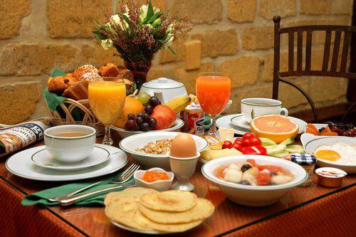 نخوردن صبحانه باعث چاقی میشود