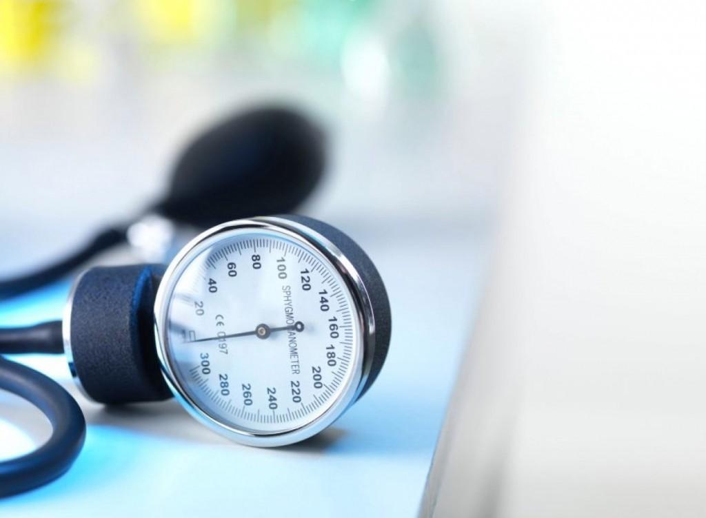 احتمال بوجود آمدن فشار خون بالا با چاقی شکمی افزایش می یابد